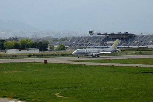DSC_5224松本空港着陸.jpg